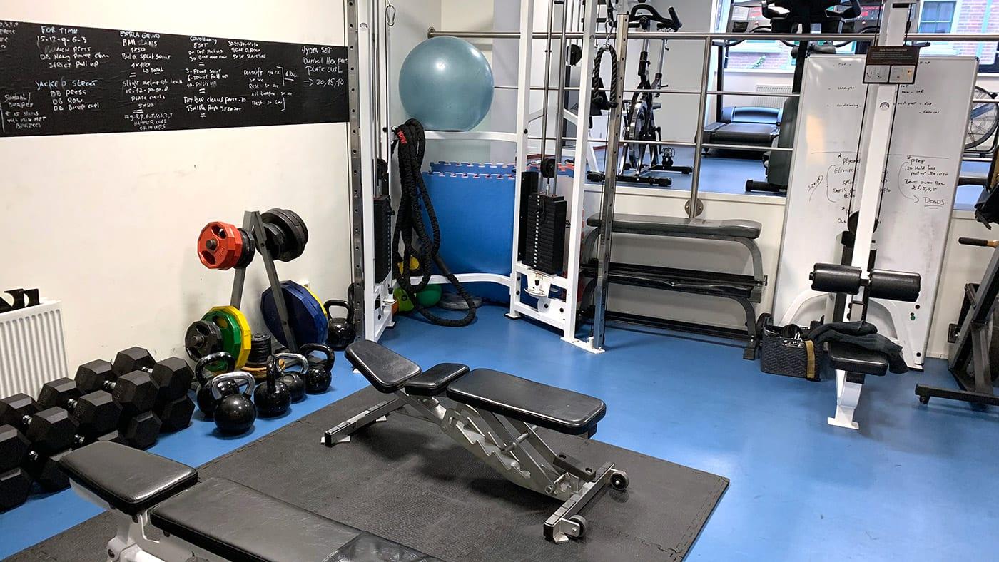 Het huren van onze private gym in Amsterdam is inclusief gebruik van alle machines en materialen